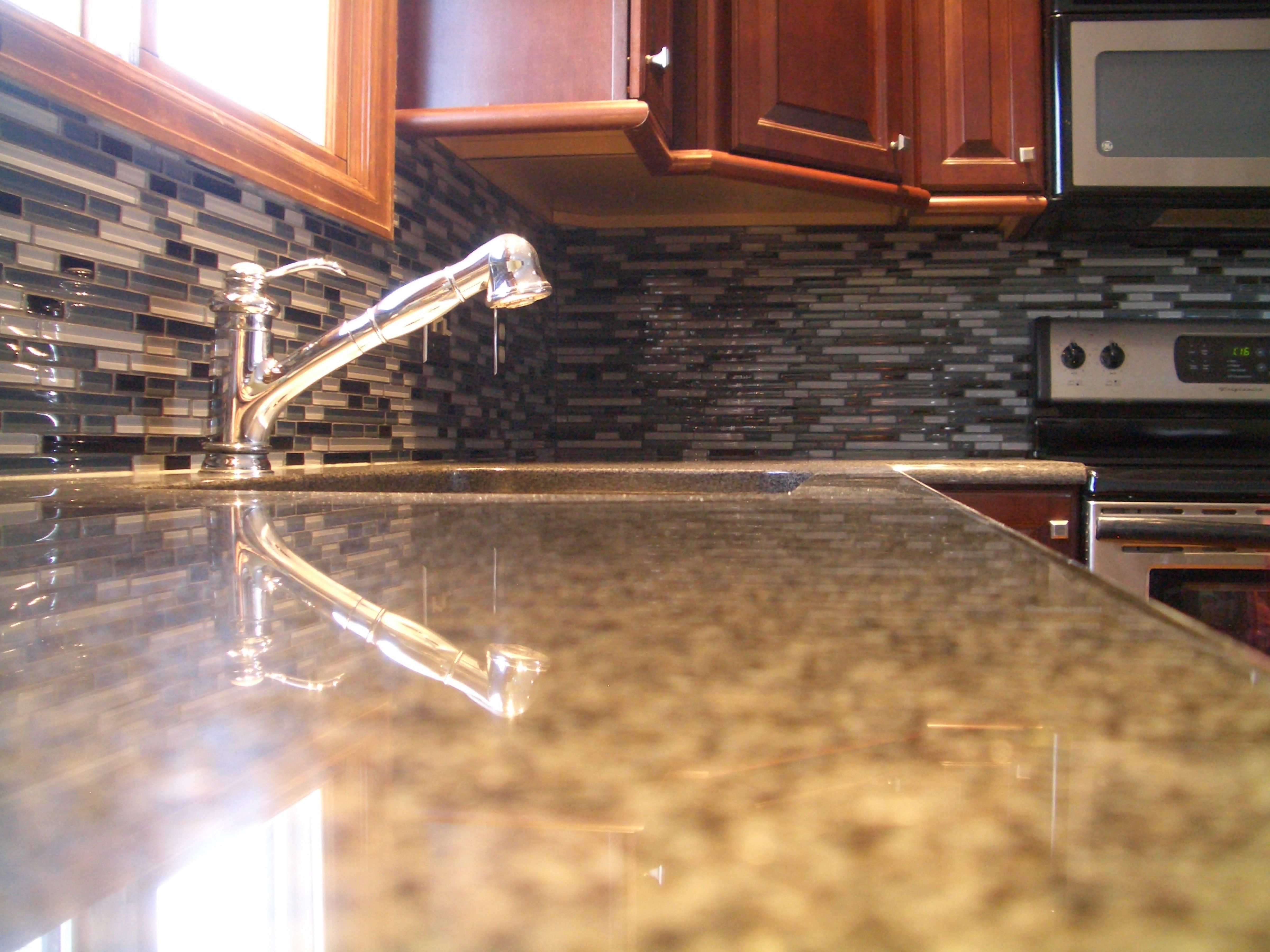 100 how to install kitchen backsplash glass tile 100
