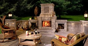 3_12Outdoor_Fireplace_Real_Ideas