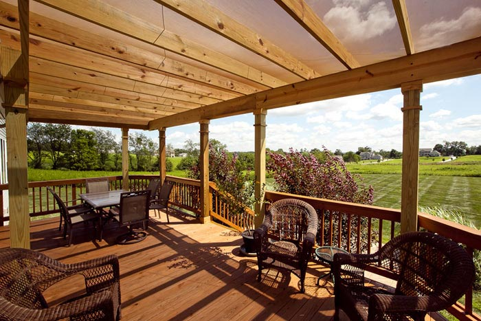 outdoor entertaining deck